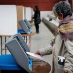 Partidos paraguayos cierran las urnas que definirán el tablero de las municipales
